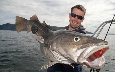 FISKE MED VÄNNER